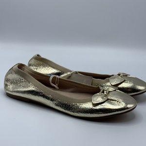 NWT. Zara Girls Golden Flats. Size 5,5.